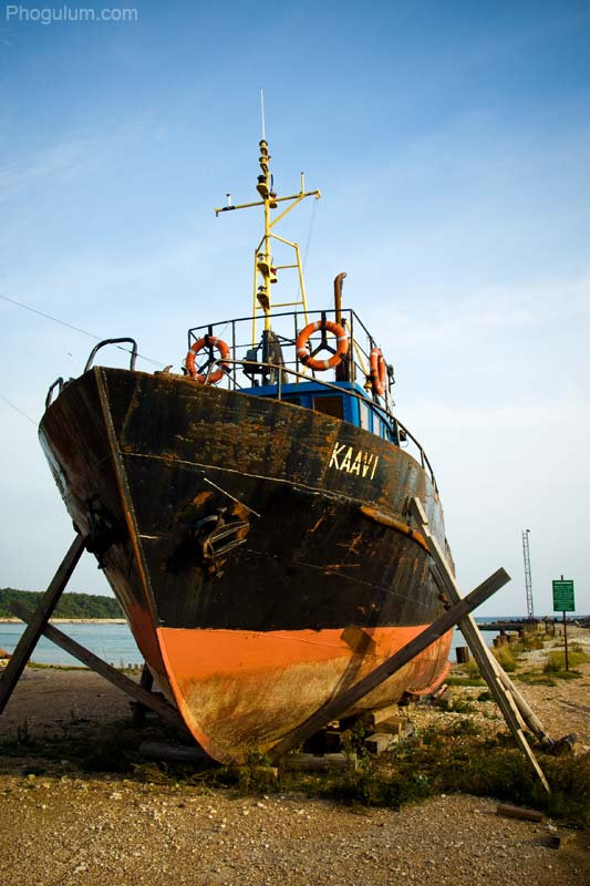 Ship on Dry Land